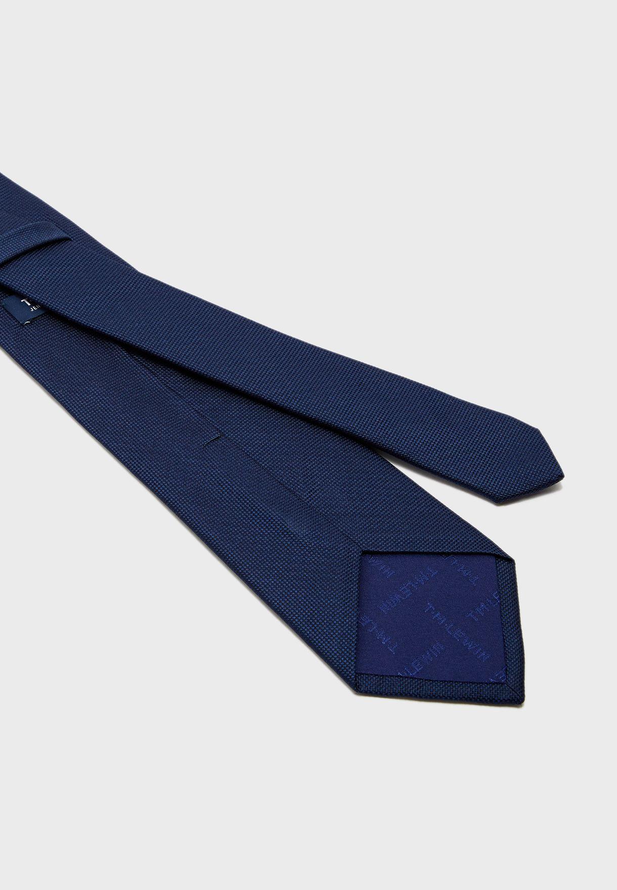 ربطة عمق سادة