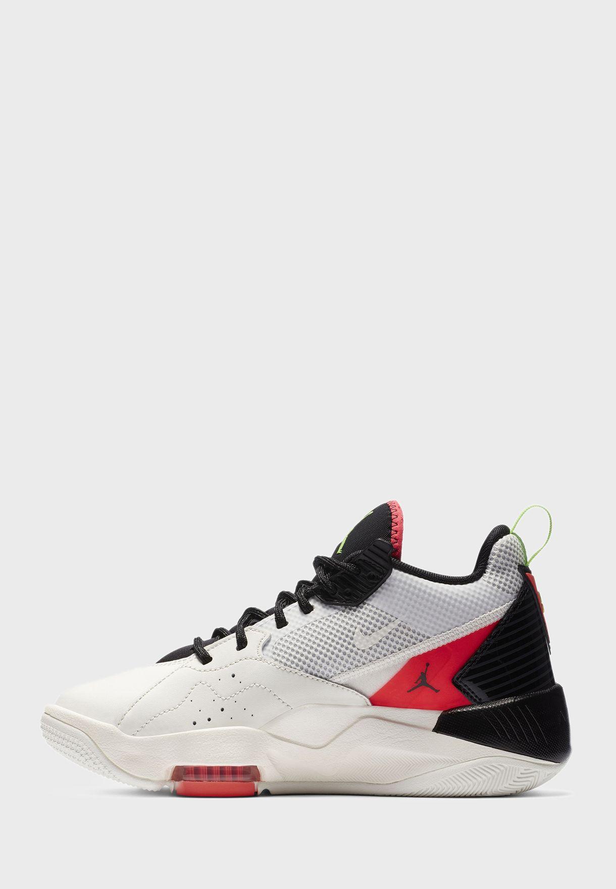 حذاء جوردان زووم  '92