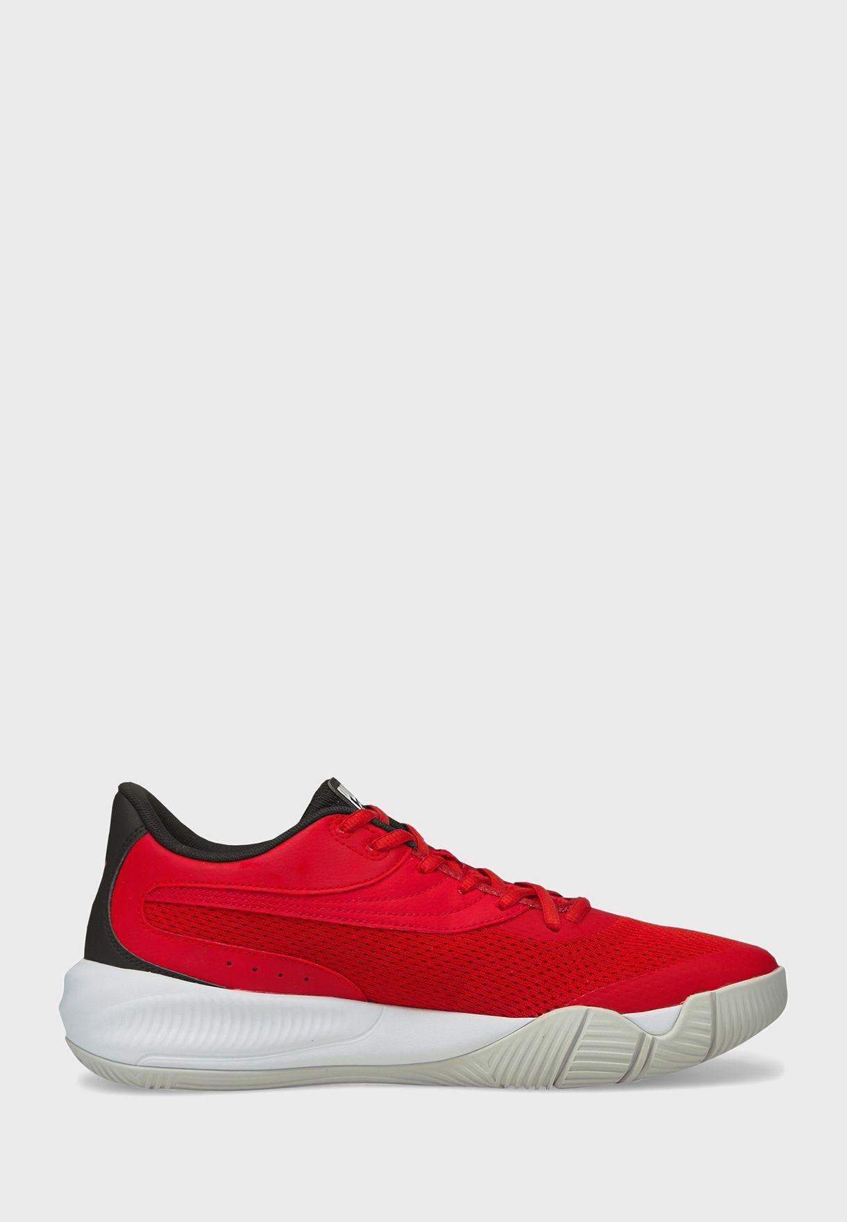 حذاء تريبل