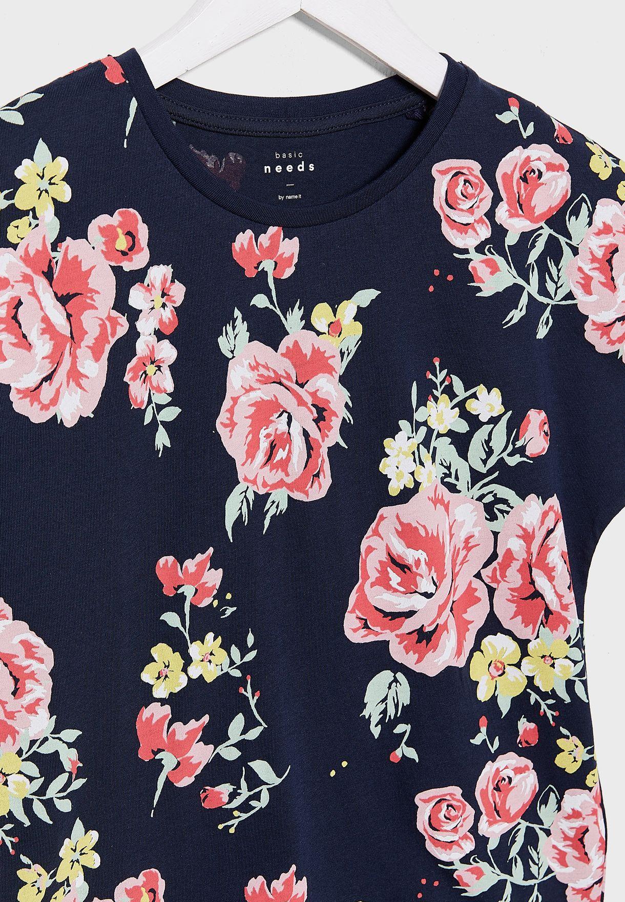 بلوزة بطباعة زهور