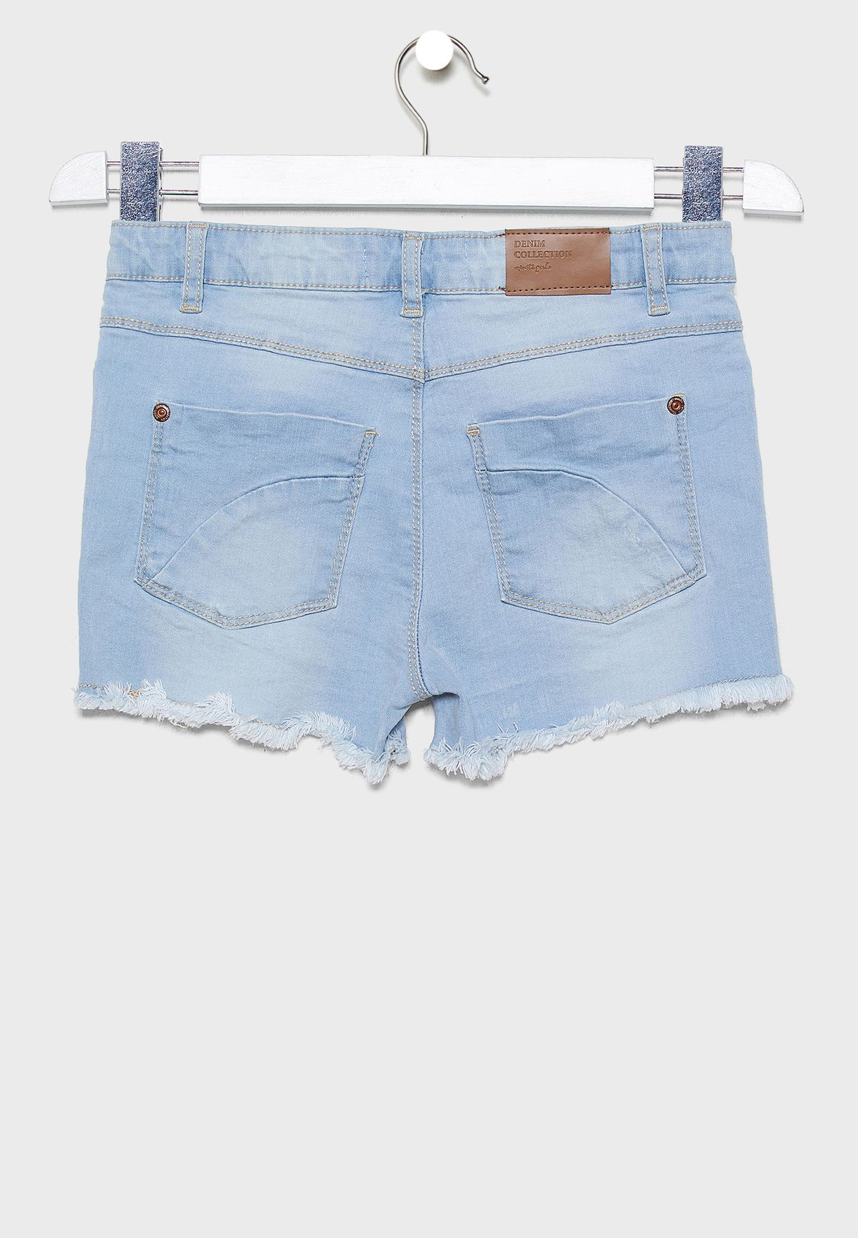 شورت جينز بحواف جينز
