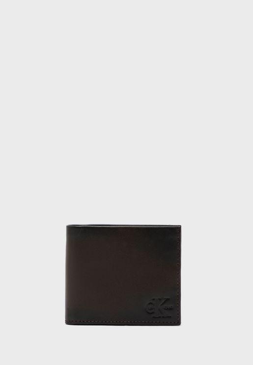 محفظة رفيعة