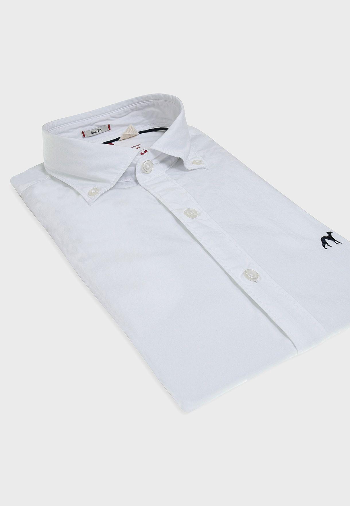 قميص بقصة سليم فيت