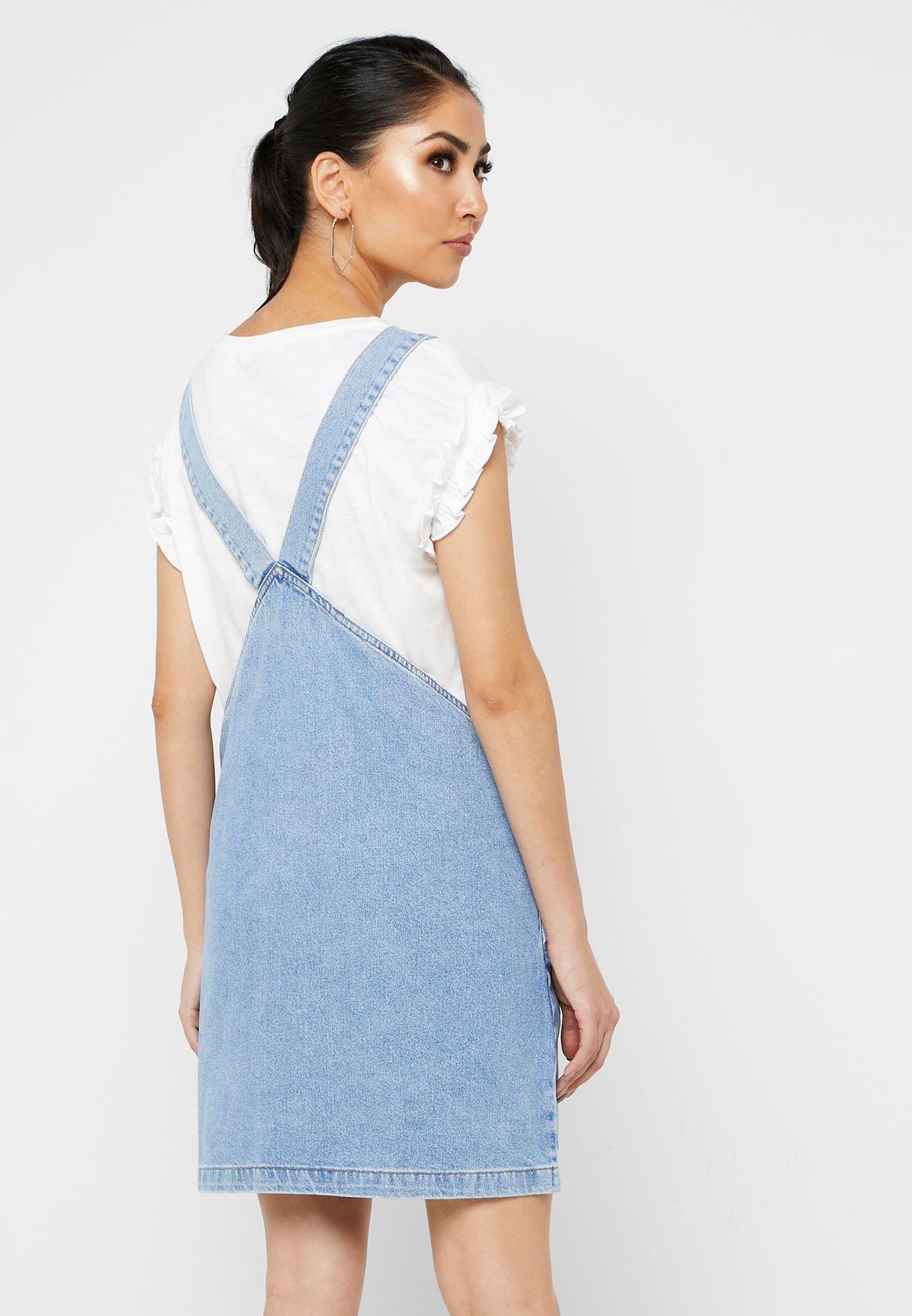 فستان بينافور بأزرار
