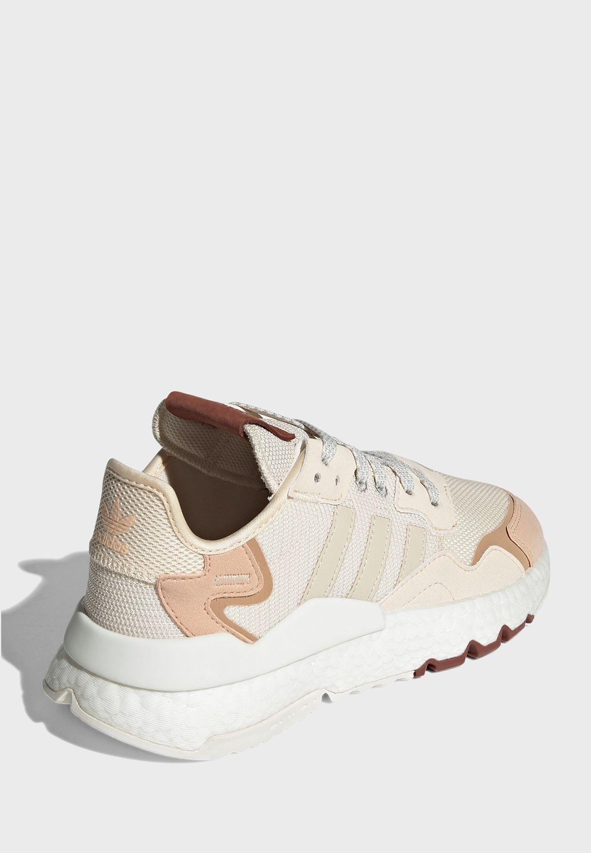 حذاء ركض نايت جوغر