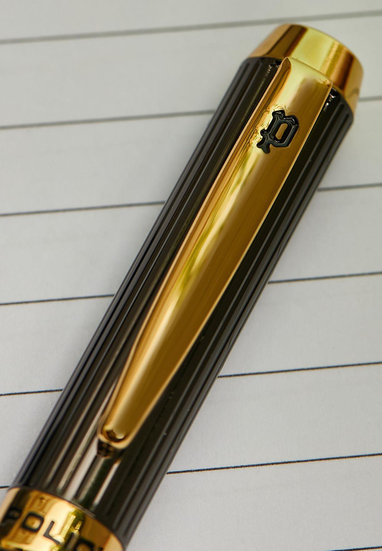 قلم بشعار الماركة