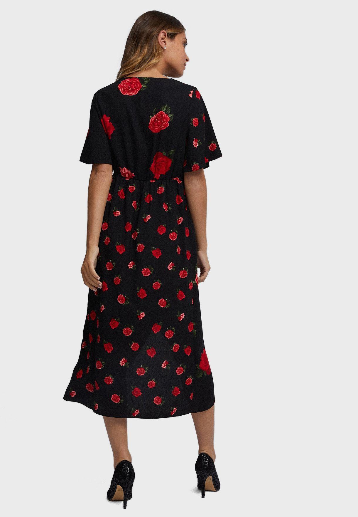 فستان بنمط لف بطبعات