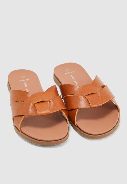 Wide Fit Hootie Flat Sandal - Brown