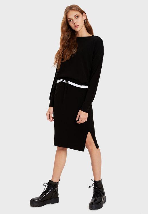 فستان بنمط كنزة