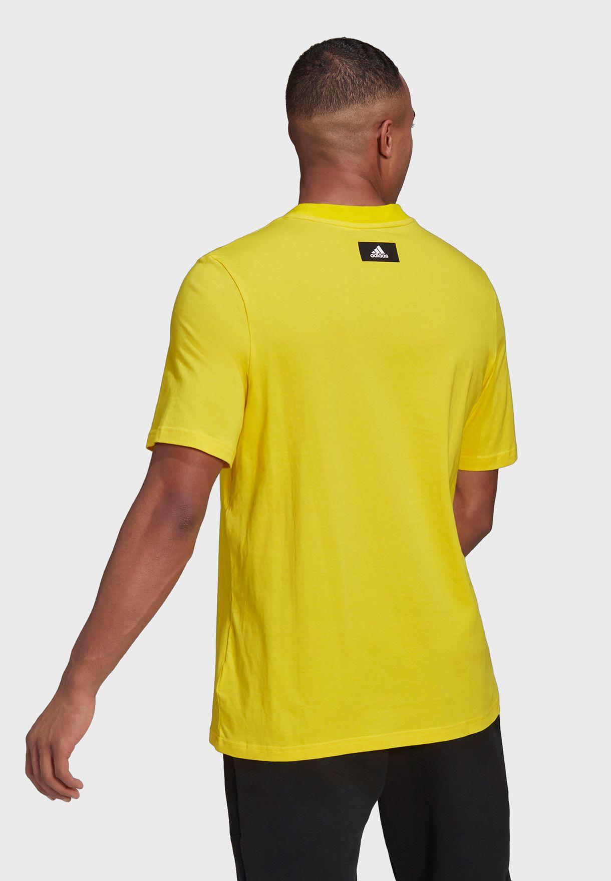 FreeLift Badge Of Sport T-Shirt