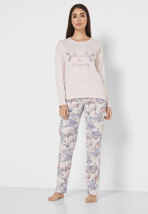 Slogan Printed T-Shirt & Pyjama Set