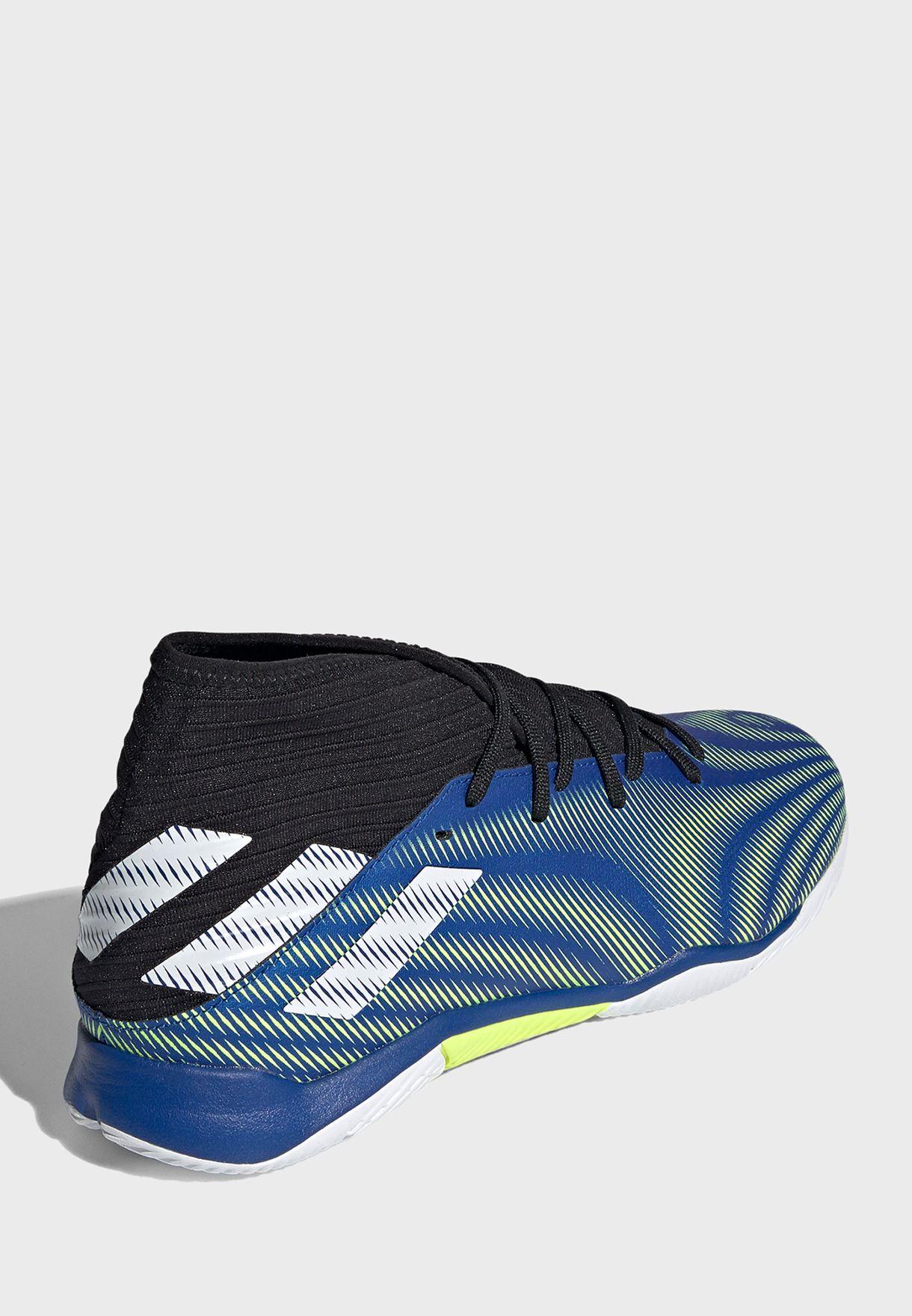 حذاء نيميزيز 3
