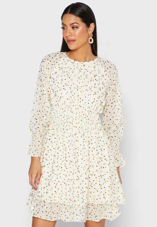 فستان بطباعة نقاط