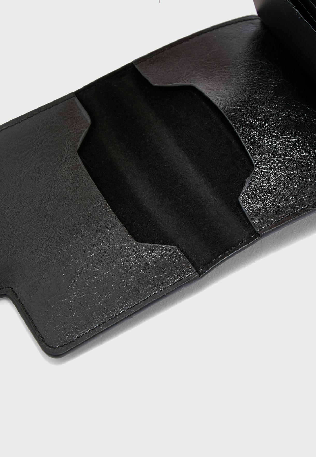 محفظة مكافحة للسرقة