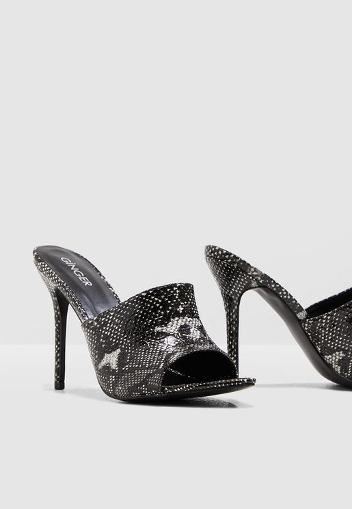 55c04fa386fb Pointed Front Mule In Snake Print