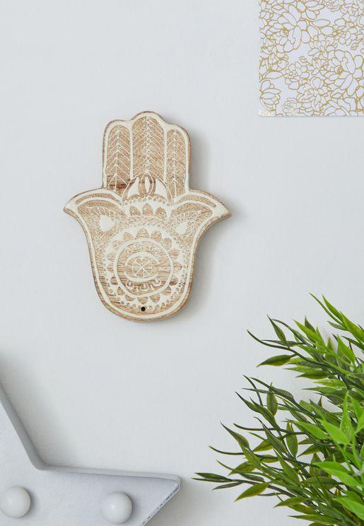ديكور على شكل يد الخمسة