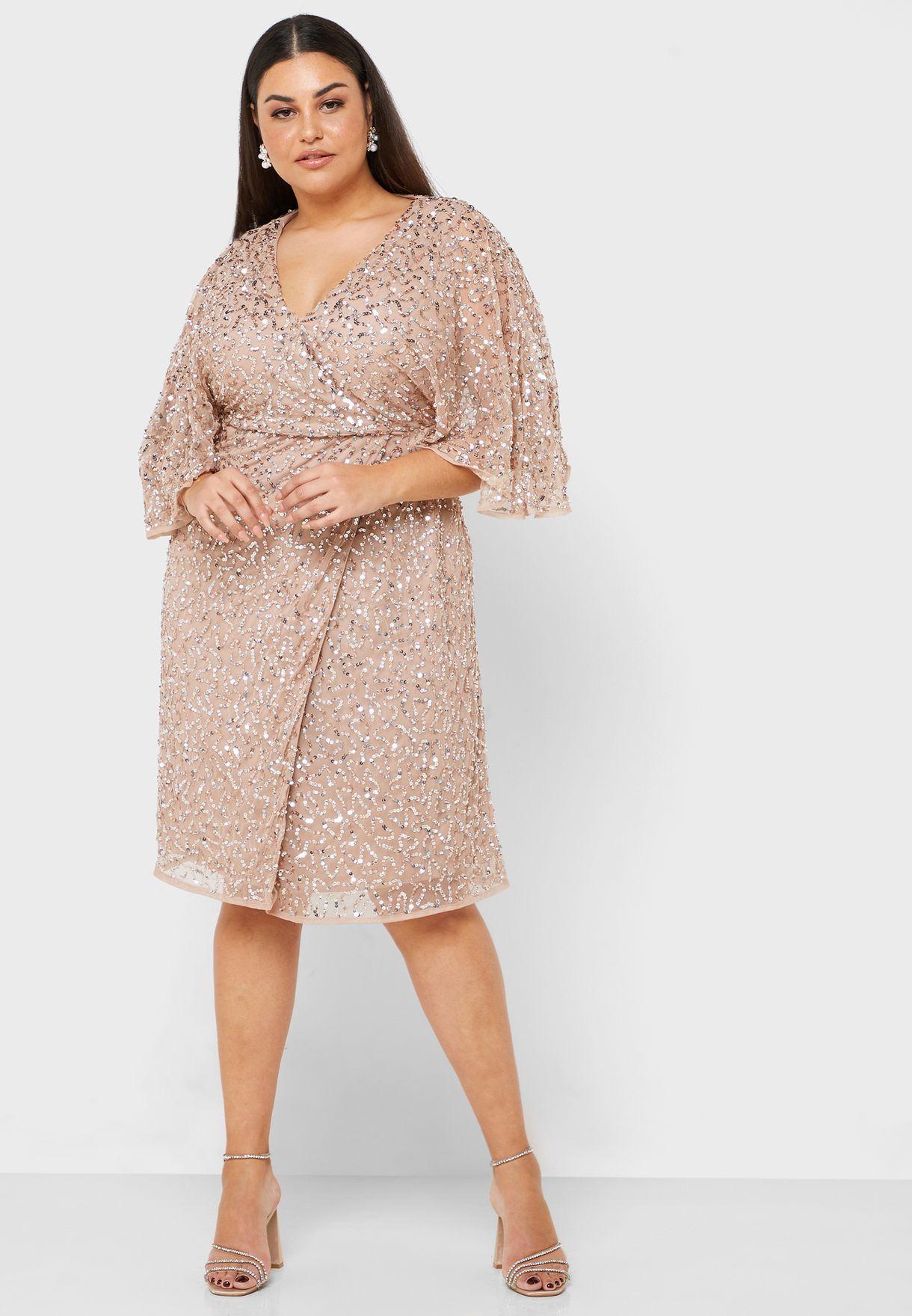 فستان مزين بترتر