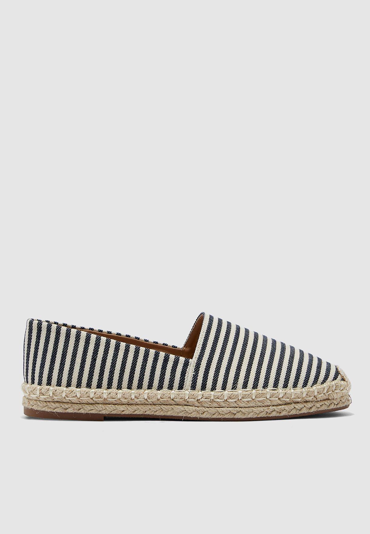حذاء اسبادريل بخطوط