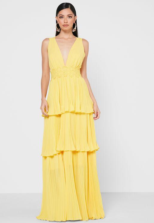 فستان بأكمام شبكية وطبعات ازهار