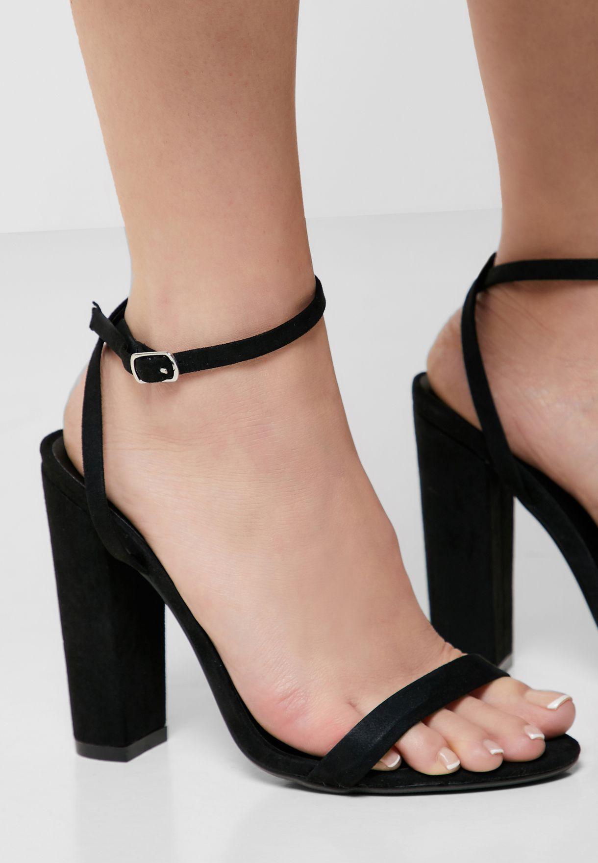 Entry Block Heeled Sandal - Black