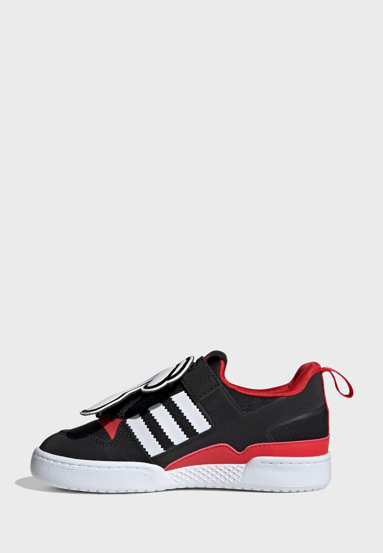 حذاء فوروم 360 من مجموعة ديزني