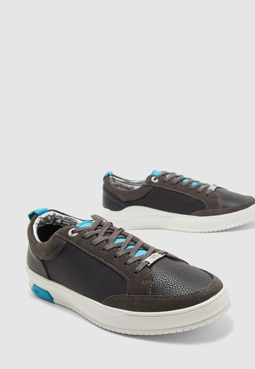 Rivall Sneakers