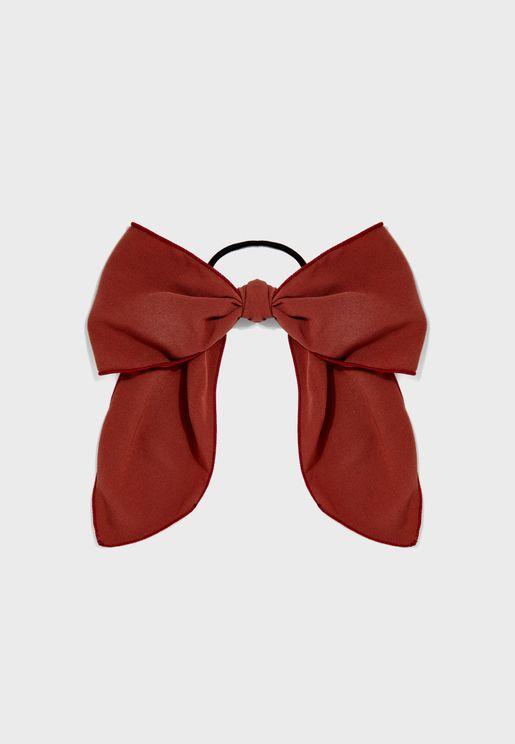 ربطة شعر مزينة بفيونكة