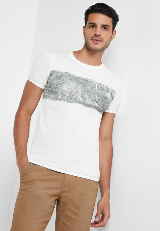 Chest Panel Slim Fit Crew Neck T-Shirt