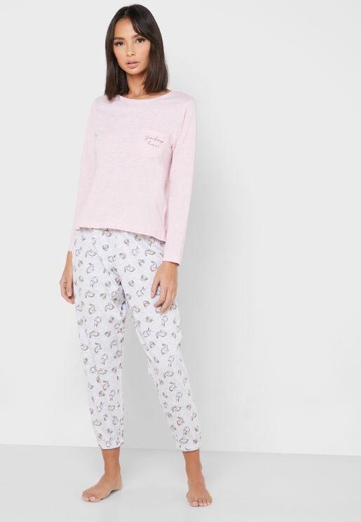 Pocket Detail T-Shirt & Printed Pyjama Set