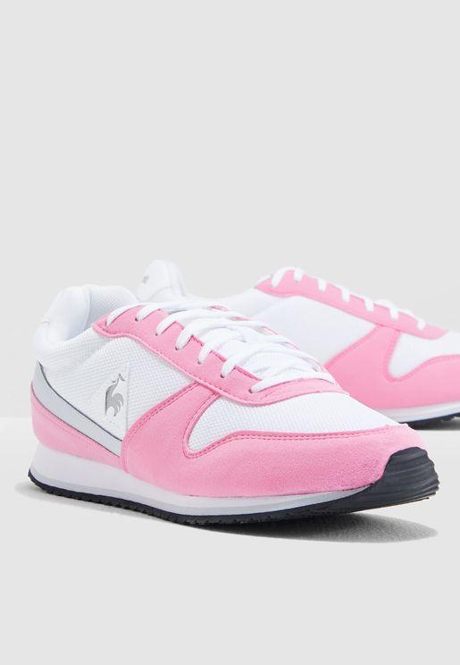 حذاء ألفا 2