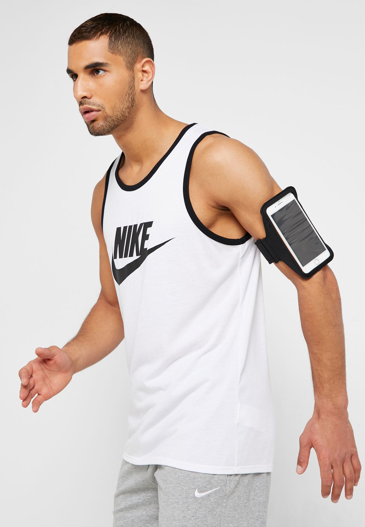 Nike-Sportarmband-Logo