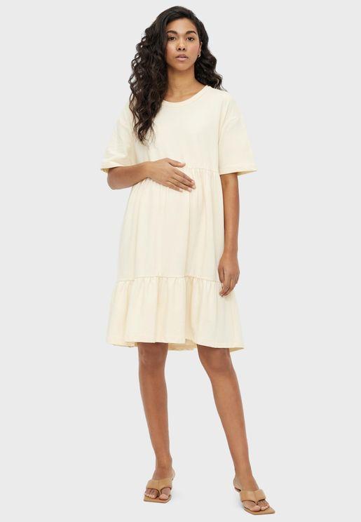 فستان مكشكش بطبقات متعددة