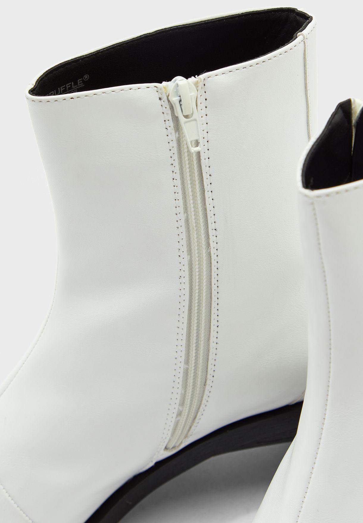 Square Toe Set Back Heel Boot