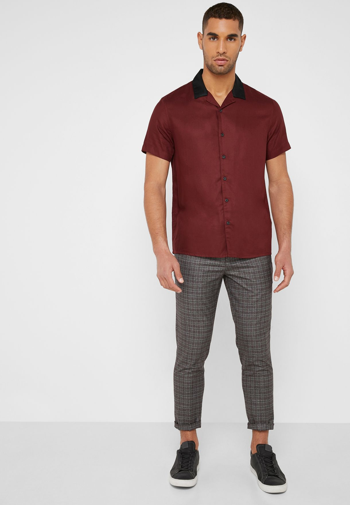 Contrast Collar Regular Fit Shirt