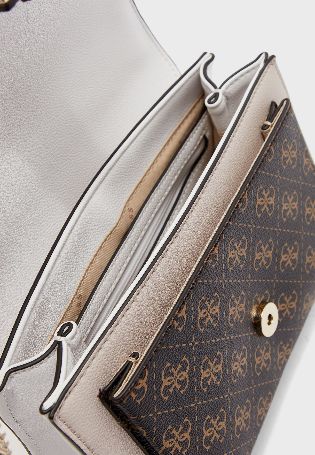 Enrica Chain Detail Crossbody