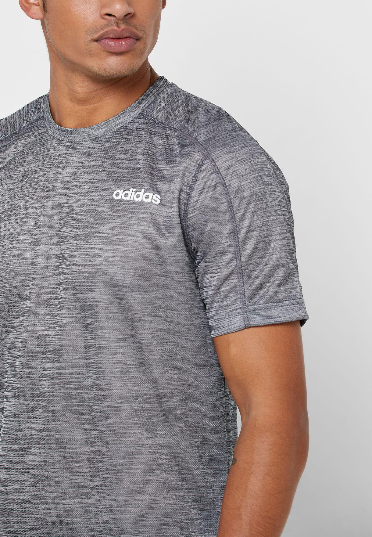 D2M Heathered T-Shirt