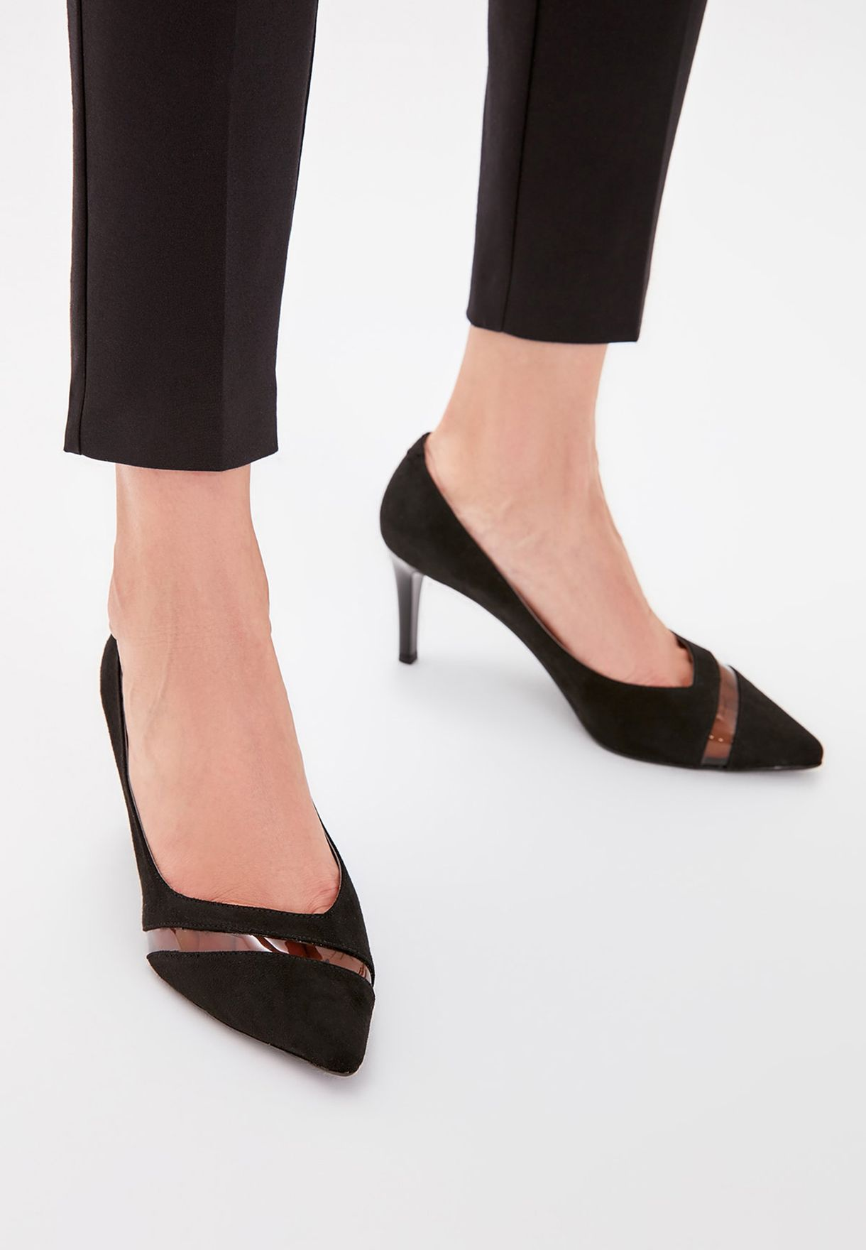 Transparent Detail Mid Heel Pump