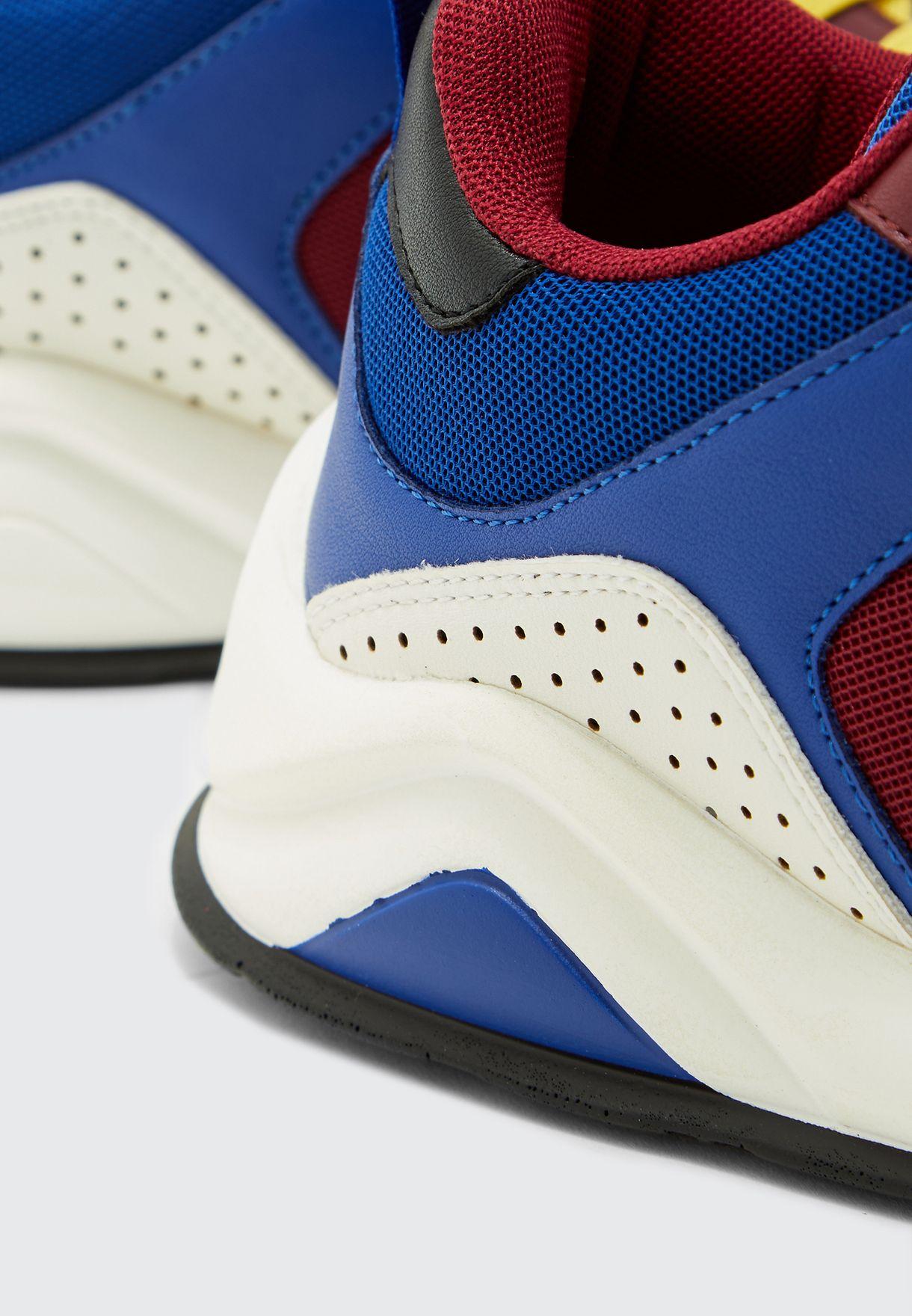 Pop Sneakers