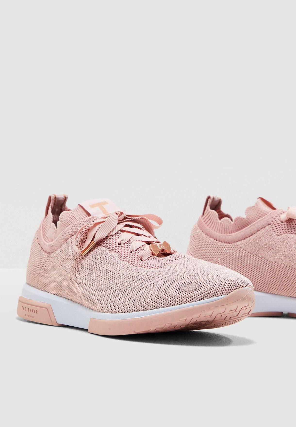 Lyara Sneaker