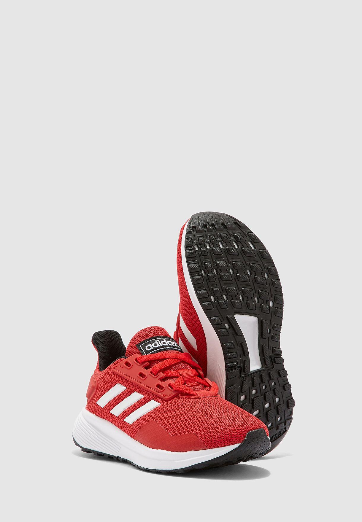 حذاء دورامو