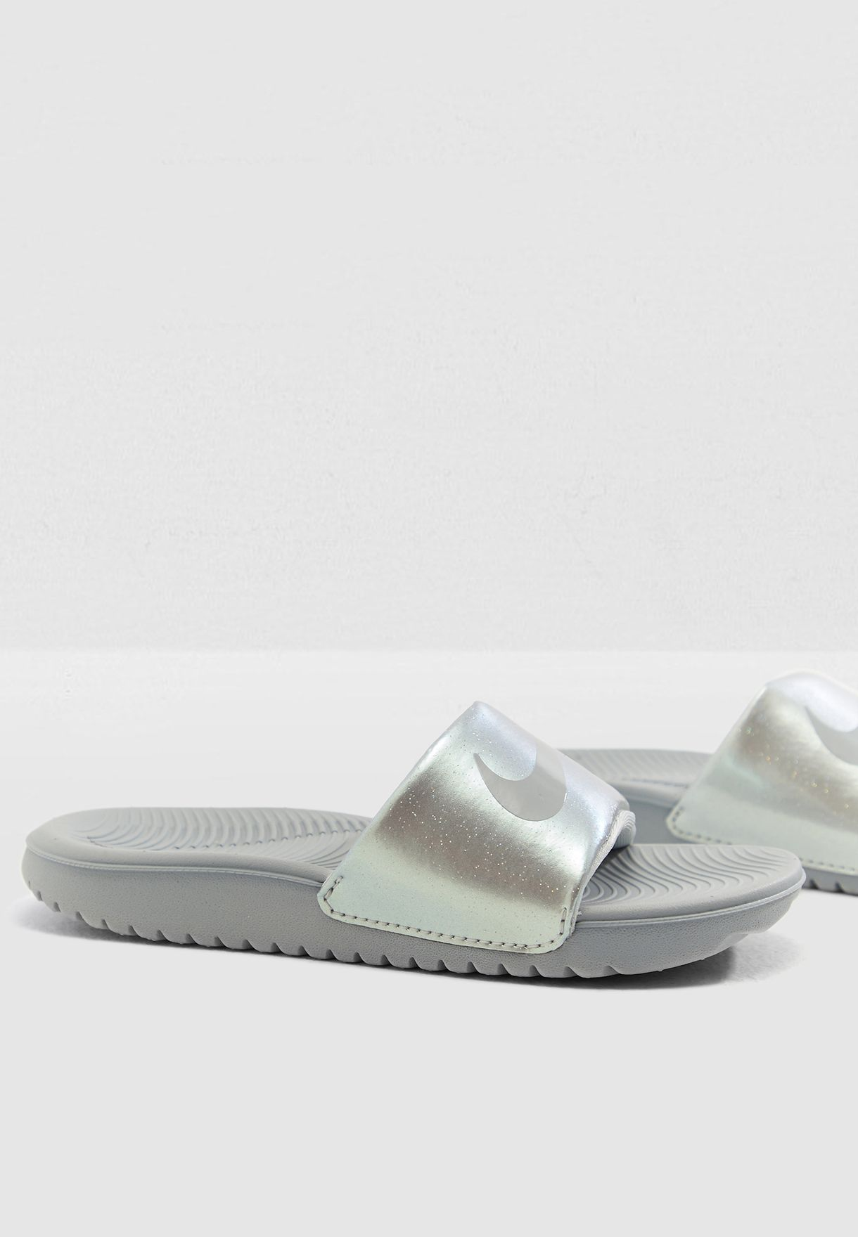 819e53c0b Shop Nike grey Kids Kawa Slide 819352-007 for Kids in UAE - 72704SH77XQP