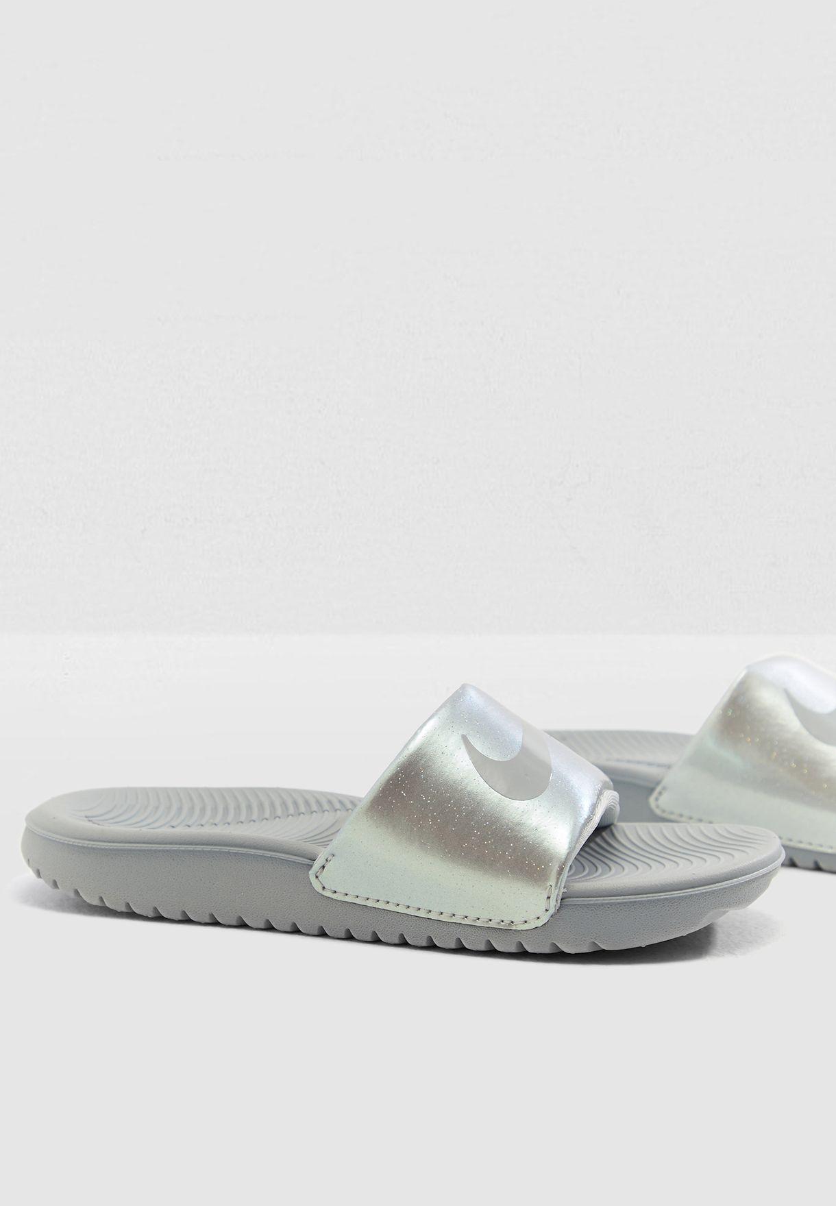 ac9510e3a781eb Shop Nike grey Kids Kawa Slide 819352-007 for Kids in Saudi ...