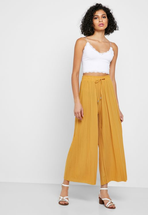 Pleated Detail Pants