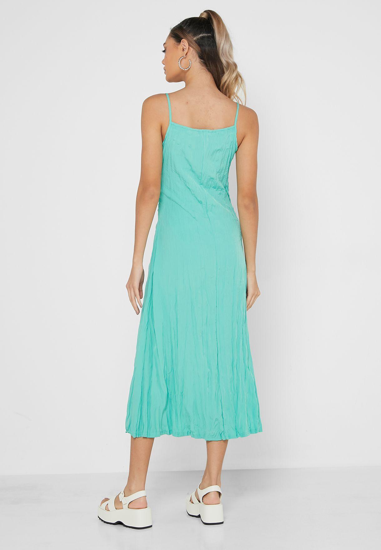فستان ماكسي بياقة مربعة