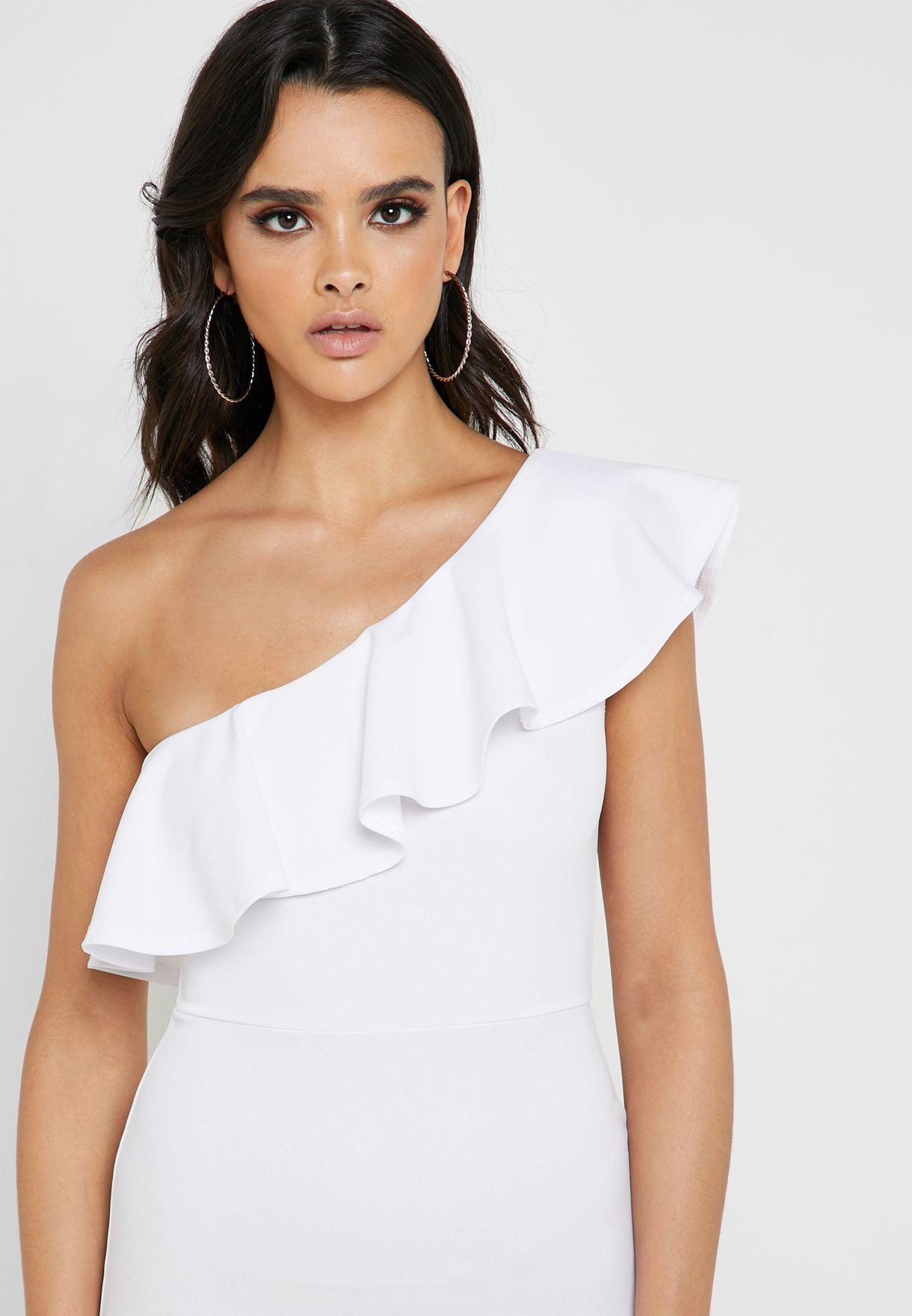 فستان بكتف واحد ومزين بكشكش