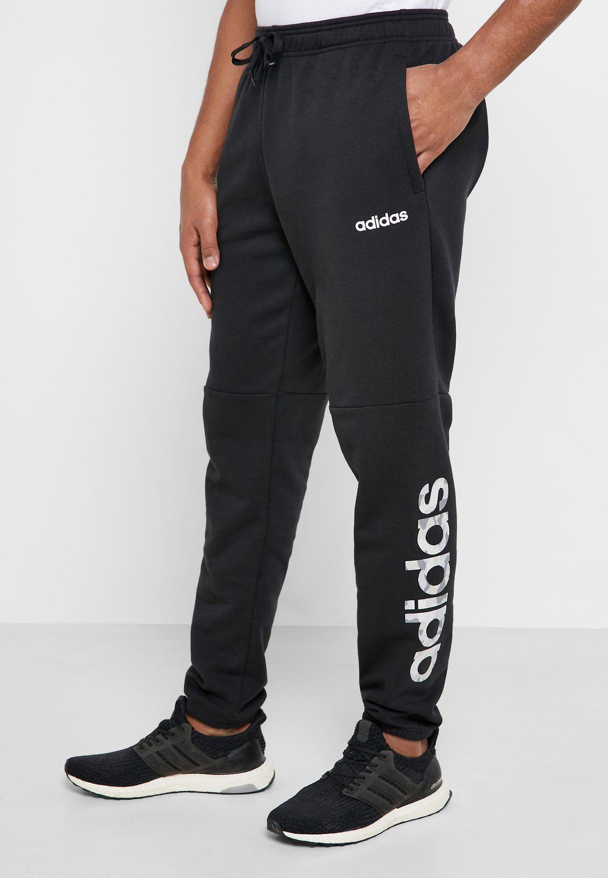 Essential Camo Linear Logo Sweatpants