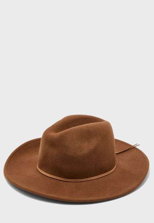 قبعة انيقة