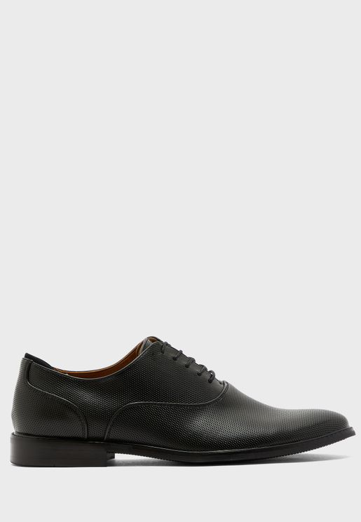 Fresian Oxford Lace Ups