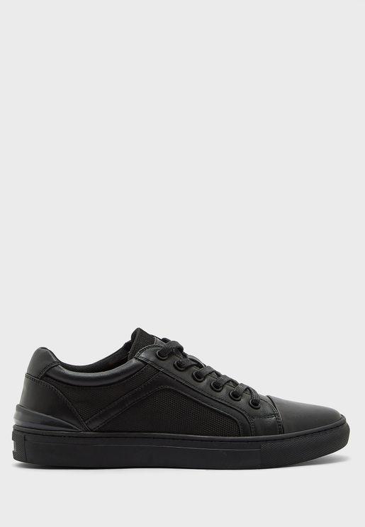 Gearup Low Top Sneakers
