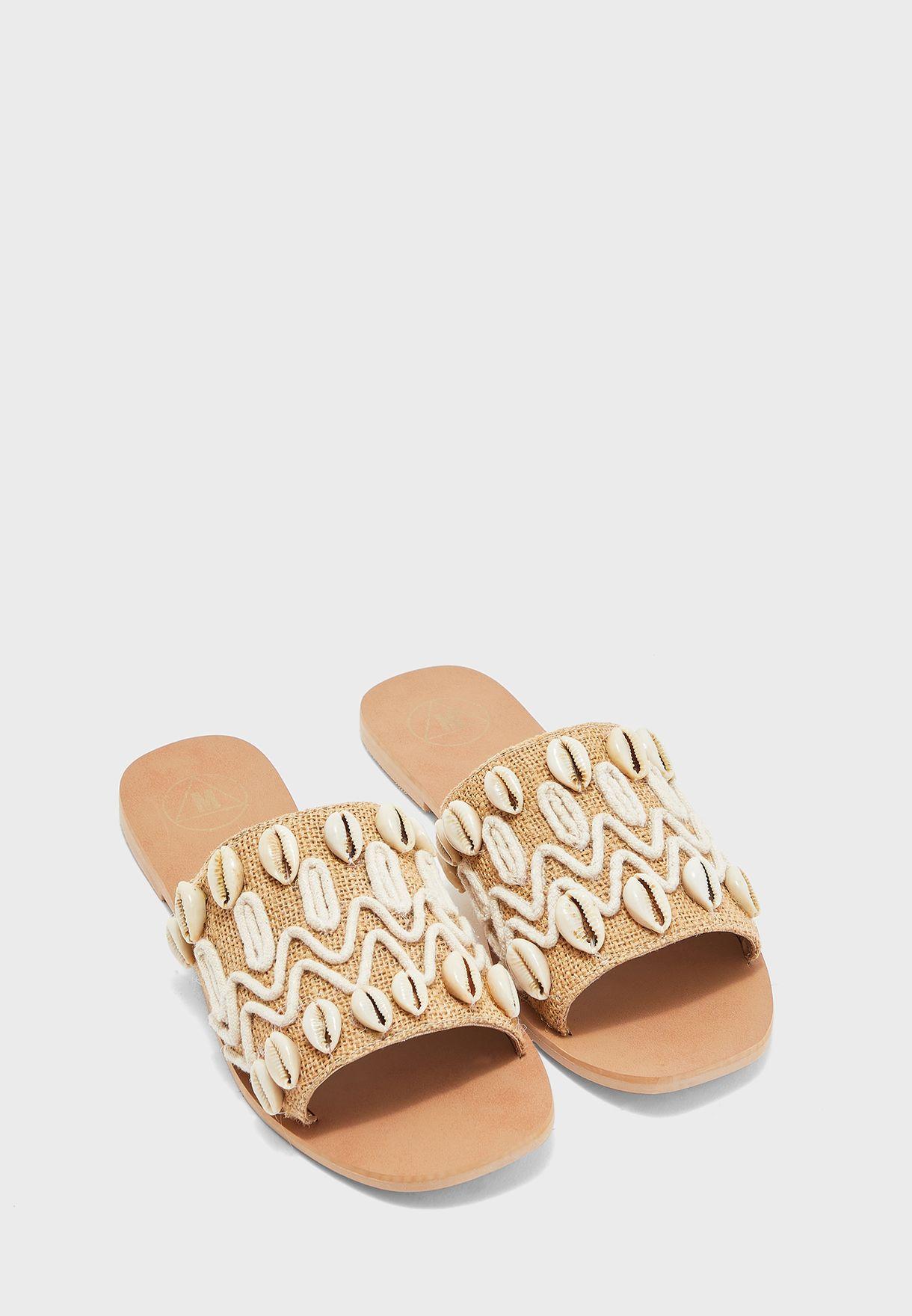 Shell Flat Sandal
